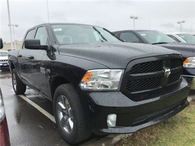 2018 Ram 1500 Crew Cab 4x4,  Pickup #C874687 - photo 4