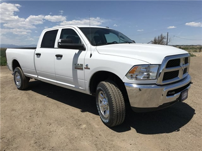 2018 Ram 2500 Crew Cab 4x4,  Pickup #C875208 - photo 4
