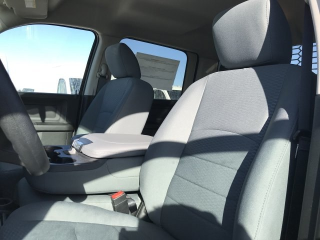 2018 Ram 5500 Crew Cab DRW 4x4,  Knapheide Platform Body #C877833 - photo 10