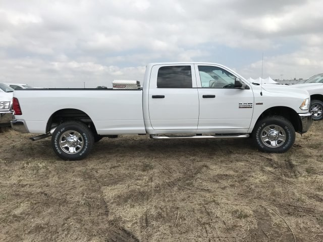 2018 Ram 2500 Crew Cab 4x4,  Pickup #C879221 - photo 5