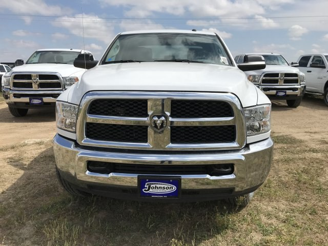 2018 Ram 2500 Crew Cab 4x4,  Pickup #C879223 - photo 3