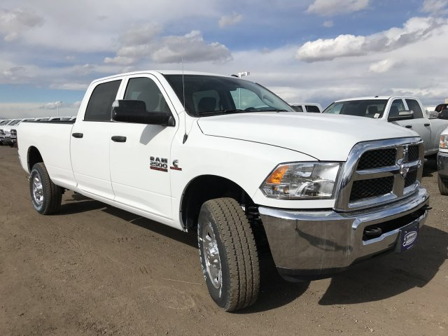 2018 Ram 2500 Crew Cab 4x4, Pickup #C884763 - photo 4