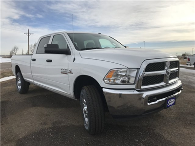 2018 Ram 2500 Crew Cab 4x4, Pickup #C884765 - photo 4