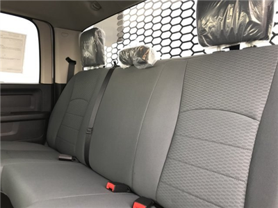 2018 Ram 5500 Crew Cab DRW 4x4, Platform Body #C885664 - photo 15