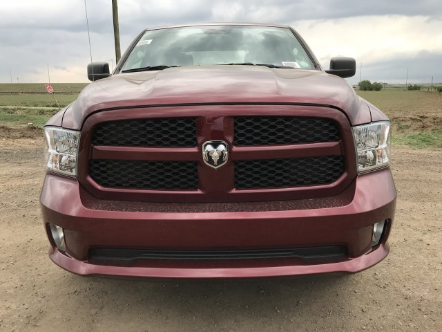2018 Ram 1500 Crew Cab 4x4,  Pickup #C886884 - photo 3