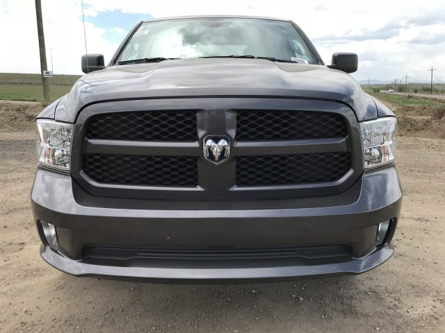 2018 Ram 1500 Crew Cab 4x4, Pickup #C886886 - photo 3