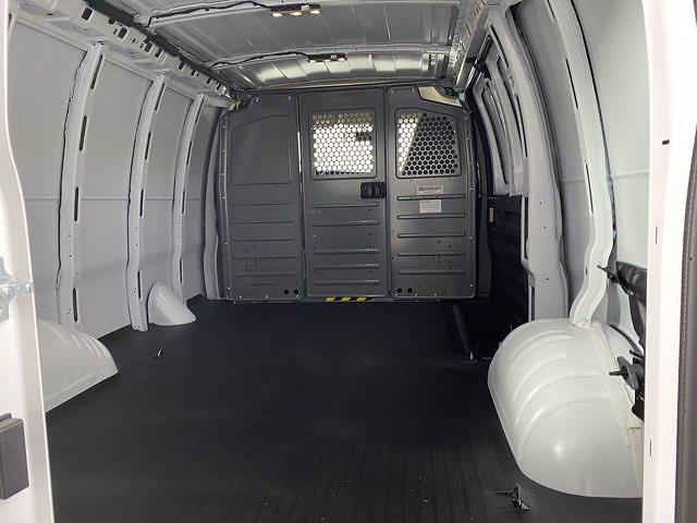 2021 GMC Savana 3500 4x2, Masterack Empty Cargo Van #G178161 - photo 1