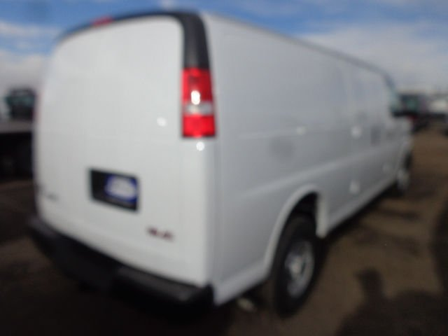 2017 Savana 3500 Cargo Van #G753941 - photo 10