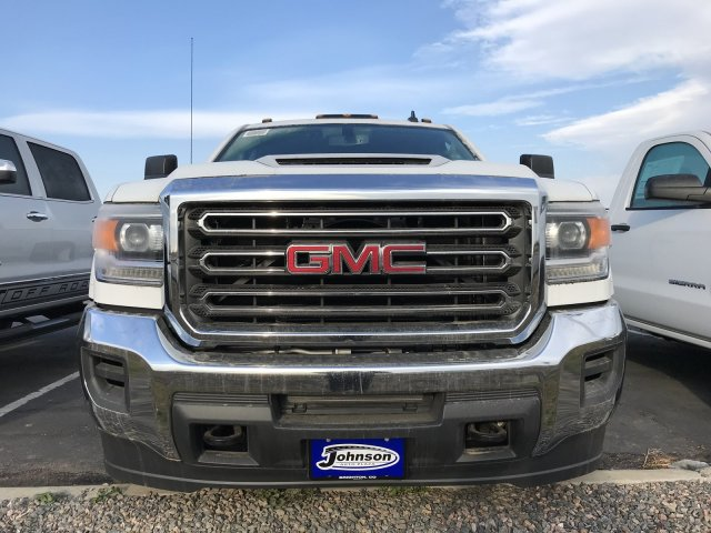 2018 Sierra 3500 Crew Cab 4x4 Pickup #G812375 - photo 3