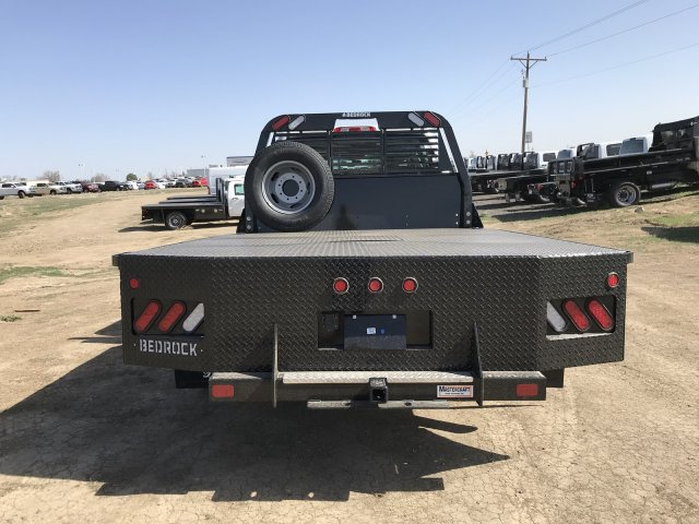 2018 Sierra 3500 Crew Cab DRW 4x4, Platform Body #G8233202 - photo 7