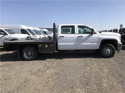 2018 Sierra 3500 Crew Cab DRW 4x4, Platform Body #G833102 - photo 4