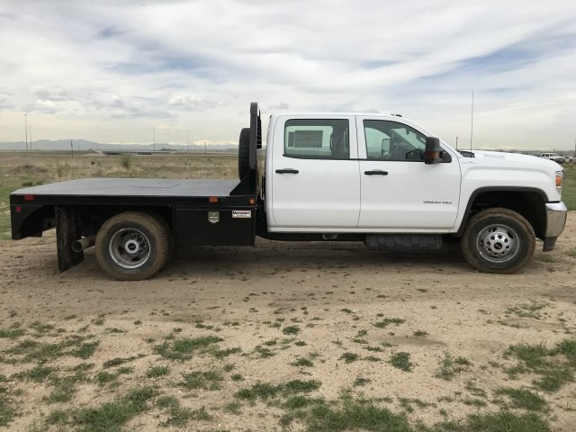 2018 Sierra 3500 Crew Cab DRW 4x4,  Bedrock Platform Body #G833821 - photo 5