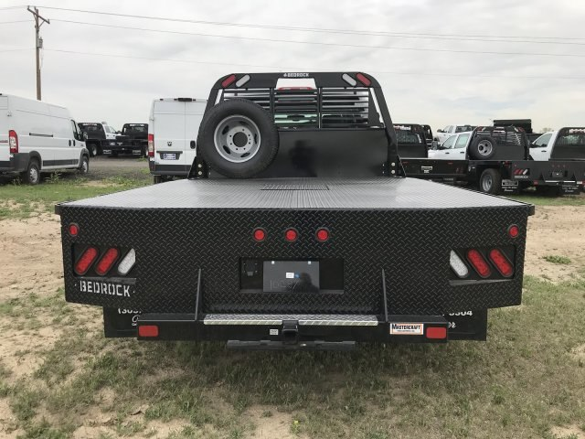 2018 Sierra 3500 Crew Cab DRW 4x4, Platform Body #G834274 - photo 7