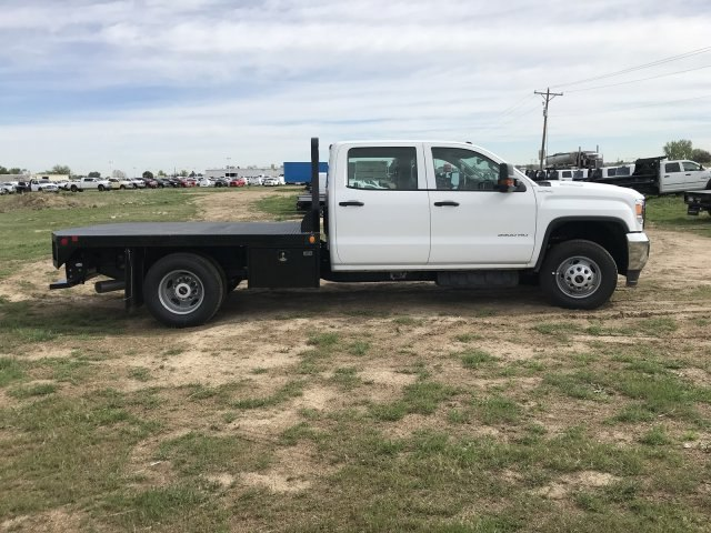 2018 Sierra 3500 Crew Cab DRW 4x4,  Freedom Platform Body #G836346 - photo 5