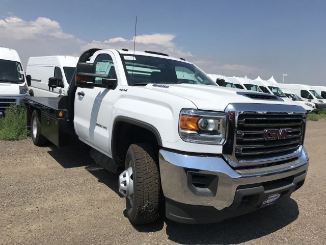 2018 Sierra 3500 Regular Cab DRW 4x4,  Platform Body #G864307 - photo 4