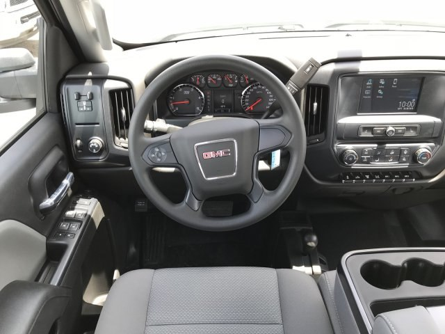 2018 Sierra 3500 Crew Cab DRW 4x4,  Cab Chassis #G867993 - photo 7