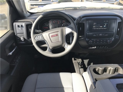2018 Sierra 3500 Crew Cab DRW 4x4,  Cab Chassis #G869781 - photo 6