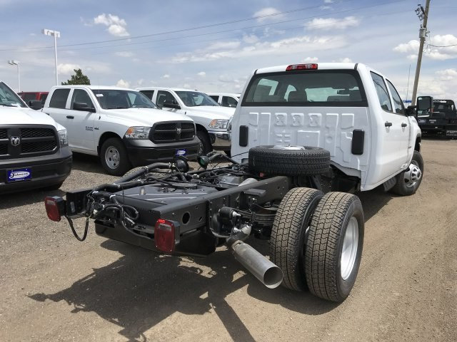 2018 Sierra 3500 Crew Cab DRW 4x4,  Cab Chassis #G869873 - photo 2