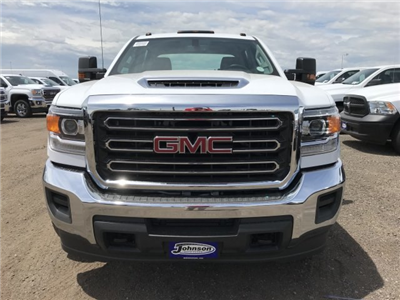 2018 Sierra 3500 Crew Cab DRW 4x4,  Cab Chassis #G869873 - photo 3