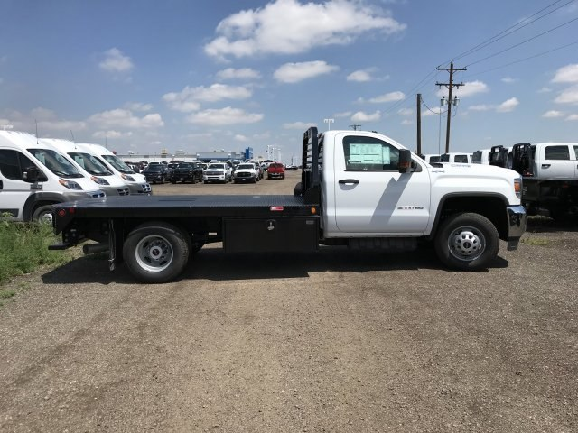 2018 Sierra 3500 Regular Cab DRW 4x4,  Freedom Rodeo Platform Body #G873333 - photo 5