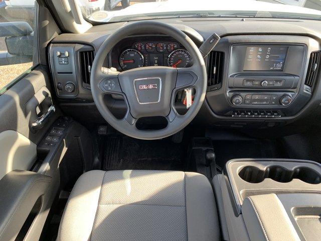 2019 Sierra 3500 Crew Cab DRW 4x4,  Platform Body #G955629 - photo 9