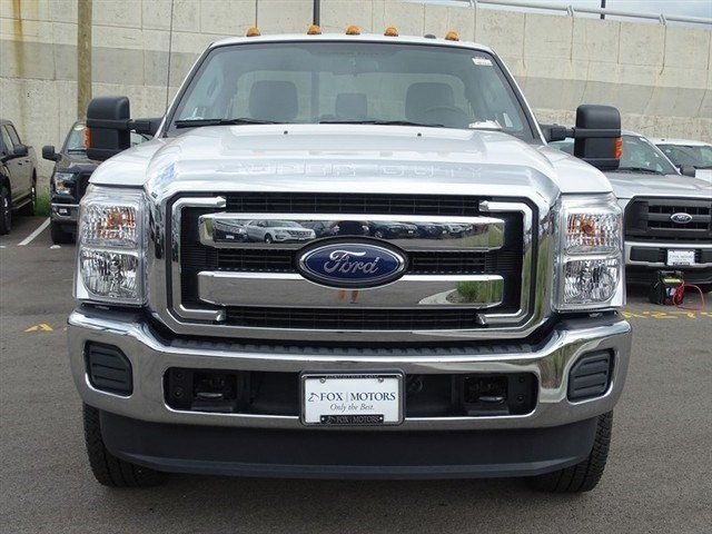 2016 F-250 Regular Cab 4x4,  Pickup #16T473 - photo 3