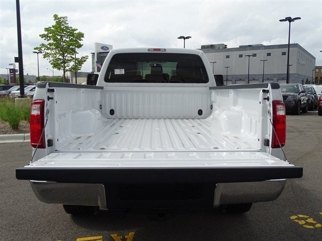 2016 F-250 Regular Cab 4x4,  Pickup #16T473 - photo 9