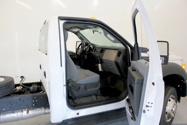 2016 F-550 Regular Cab DRW 4x4, Cab Chassis #JF16113 - photo 14
