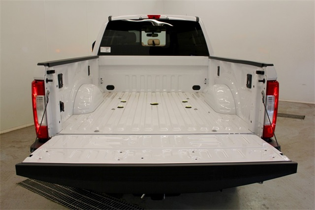 2017 F-250 Crew Cab 4x4, Pickup #JF17304 - photo 6