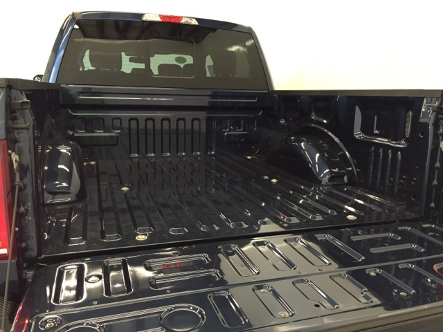 2018 F-150 Crew Cab 4x4, Pickup #JF18003 - photo 11