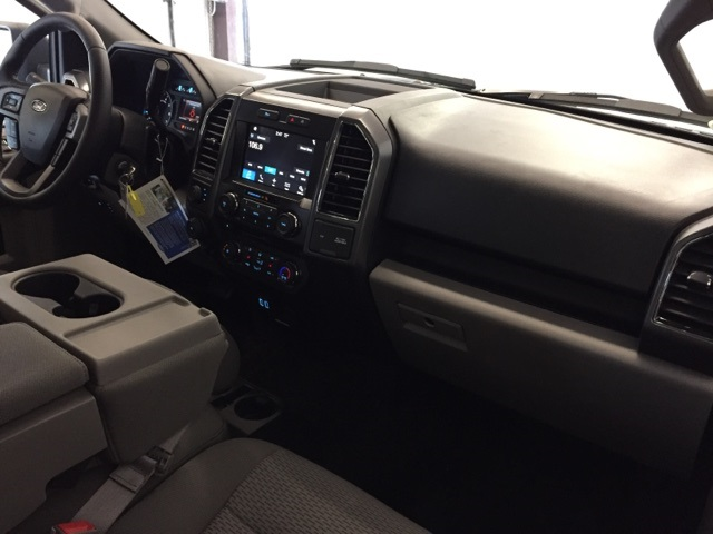 2018 F-150 Crew Cab 4x4, Pickup #JF18003 - photo 16