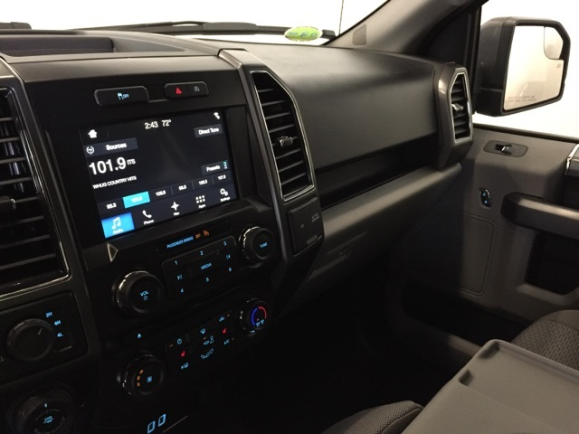 2018 F-150 Crew Cab 4x4, Pickup #JF18003 - photo 17