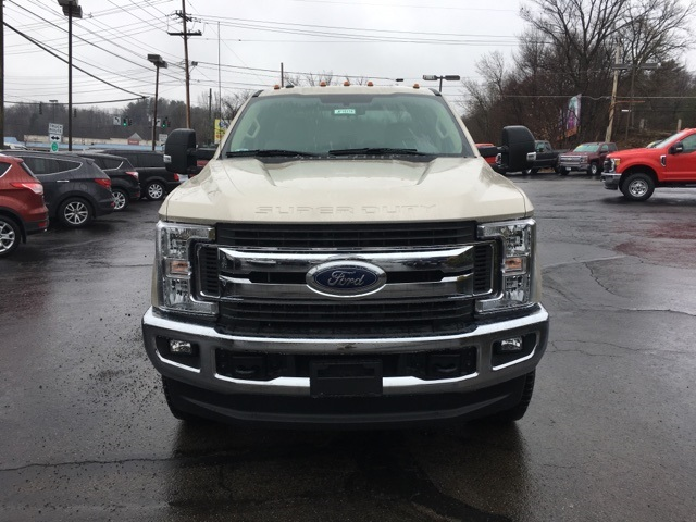 2018 F-350 Super Cab 4x4,  Pickup #JF18174 - photo 3