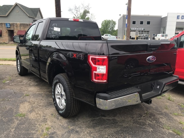 2018 F-150 Super Cab 4x4,  Pickup #JF18408 - photo 2