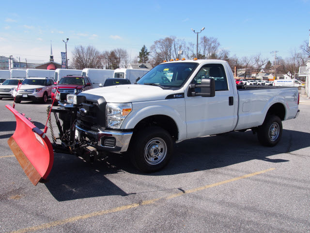 2016 F-250 Regular Cab 4x4, Pickup #245509 - photo 4