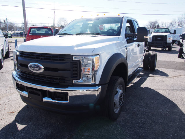 2017 F-450 Super Cab DRW 4x4 Cab Chassis #257903 - photo 1