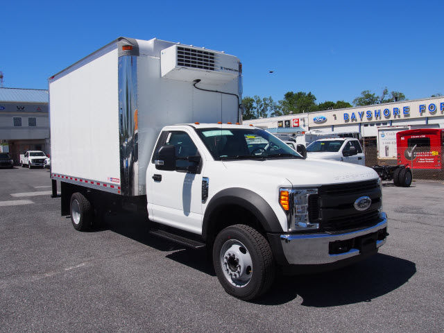 2017 F-450 Regular Cab DRW, Morgan Refrigerated Body #258056 - photo 3
