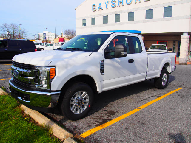 2017 F-250 Super Cab Pickup #258257 - photo 1