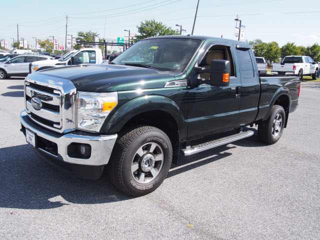 2015 F-250 Super Cab 4x4 Pickup #262188 - photo 4