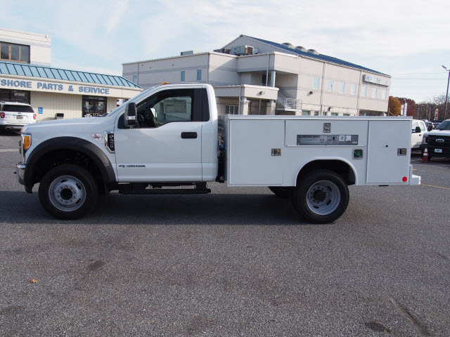 2017 F-450 Regular Cab DRW, Reading Service Body #262639 - photo 5