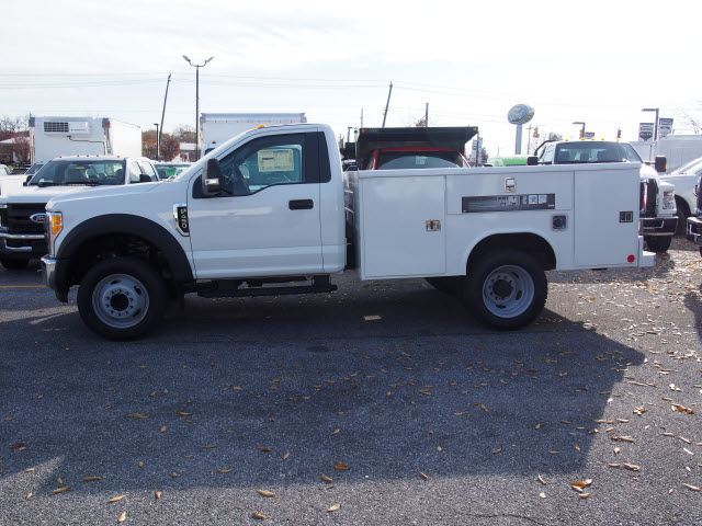 2017 F-450 Regular Cab DRW, Reading Service Body #262640 - photo 5
