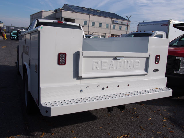2017 F-450 Regular Cab DRW, Reading Service Body #262640 - photo 2