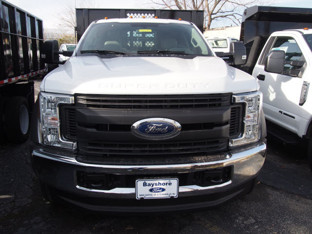 2017 F-450 Regular Cab DRW 4x4, Reading Stake Bed #262936 - photo 4