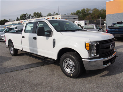 2017 F-350 Crew Cab, Pickup #263475 - photo 3