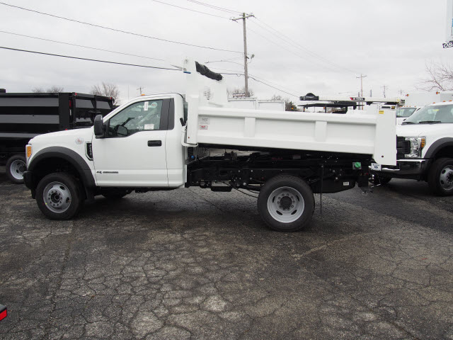 2017 F-550 Regular Cab DRW 4x4, Rugby Dump Body #263664 - photo 5