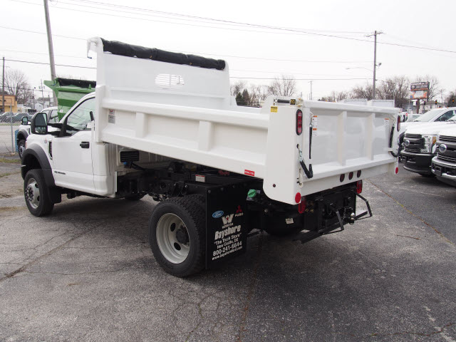 2017 F-550 Regular Cab DRW 4x4, Rugby Dump Body #263745 - photo 2