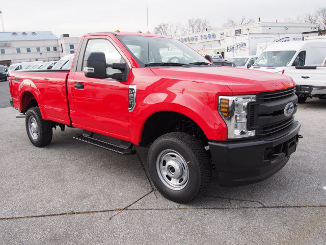 2018 F-250 Regular Cab 4x4, Pickup #264479 - photo 3