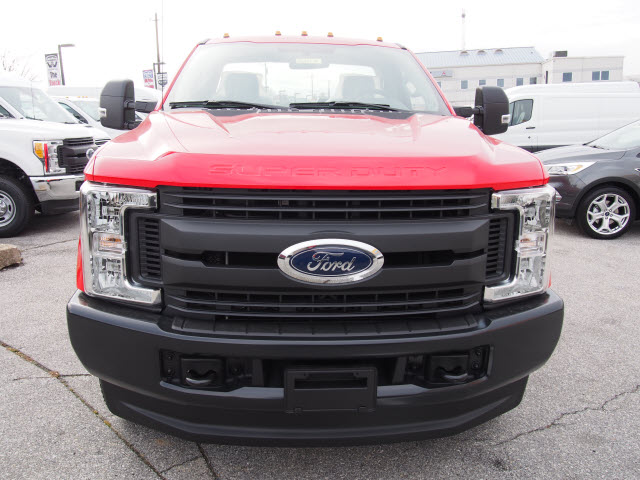 2018 F-250 Regular Cab 4x4, Pickup #264479 - photo 4