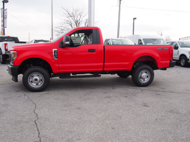 2018 F-250 Regular Cab 4x4, Pickup #264479 - photo 5