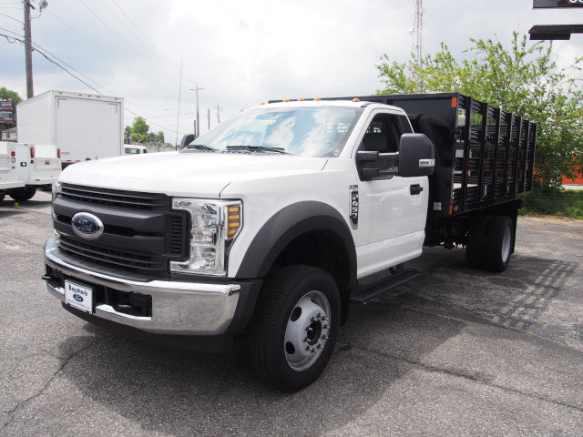 2018 F-550 Regular Cab DRW 4x2,  Swampy Hollow Truck Bodies Stake Bed #264588 - photo 3